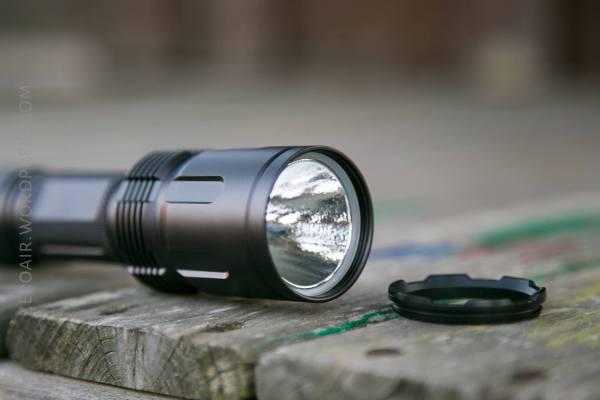 JETBeam TH20 Tactical Flashlight Review – ZeroAir Reviews