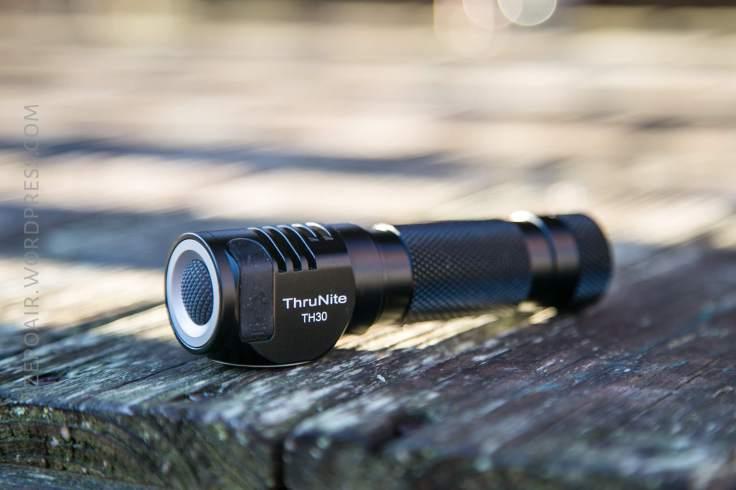 31_zeroair_reviews_thrunite_th30_headlamp.jpg