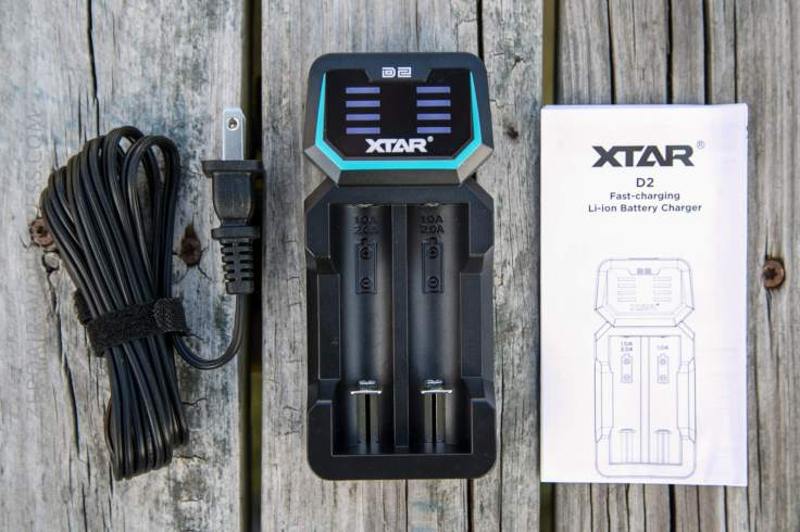06_zeroair_reviews_xtar_d2_charger.jpg