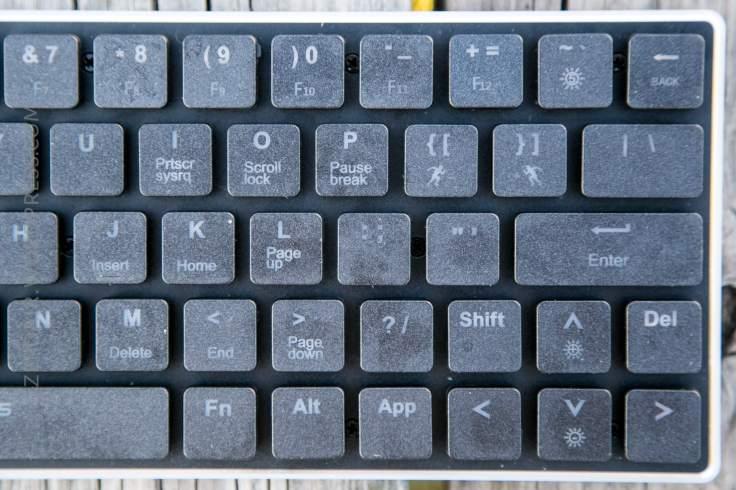 11_zeroair_reviews_anidees_prismatic_mechanical_keyboard.jpg
