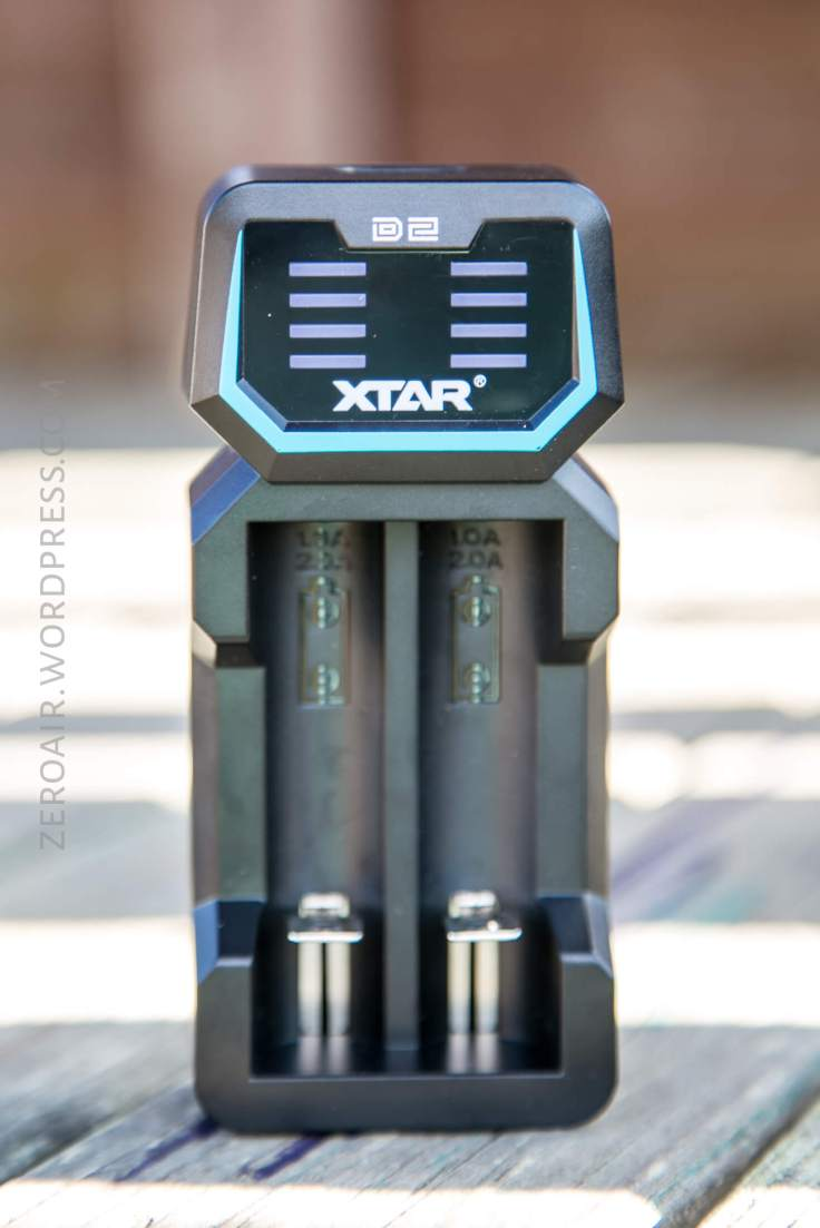 15_zeroair_reviews_xtar_d2_charger.jpg