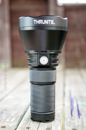 23_zeroair_reviews_thrunite_tn42c_v2_thrower