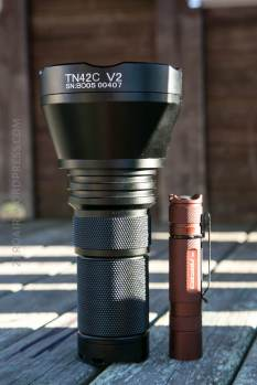 56_zeroair_reviews_thrunite_tn42c_v2_thrower
